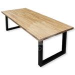 Wysokiej jakości stoły z drewna dębowego